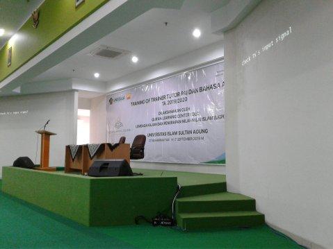 TRAINING OF TRAINER TUTOR PAI DAN BAHASA ARAB UNISSULA SEMARANG